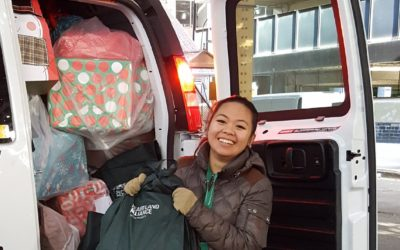 A Holiday of Giving at Heartland Alliance